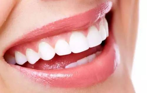 牙齿矫正要多少钱